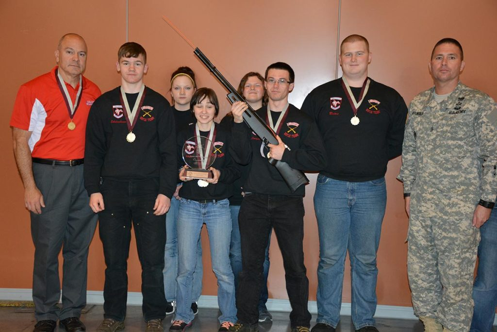 Lebanon High School in Oregon was the overall top sporter team in the Army Team competition. They also received a Crosman air rifle for their first place finish in Arizona.